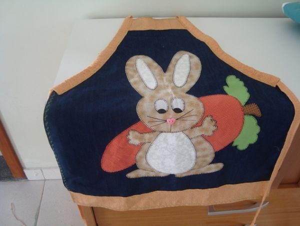 O simpático coelho da Páscoa em patchwork pode ser aplicado em qualquer peça de sua casa e ainda lhe render uma renda extra nesta Páscoa (Foto: Divulgação)