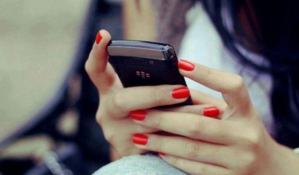Resultado de imagem para mensagem celular
