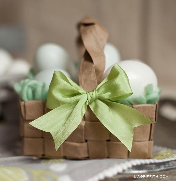 Neste ano invista em muitas cestinhas de papel para Páscoa (Foto: pinterest.com)